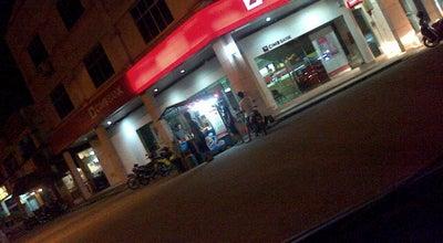 Photo of Burger Joint Yatt Burger at In, Batu Pahat 86400, Malaysia