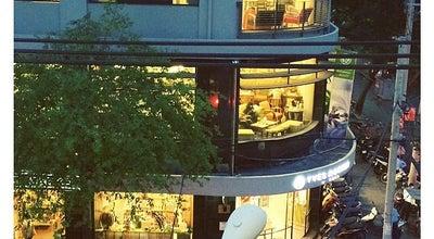 Photo of Coffee Shop Starbucks at 38 Đông Du, Q.1, Ho Chi Minh City 70000, Vietnam