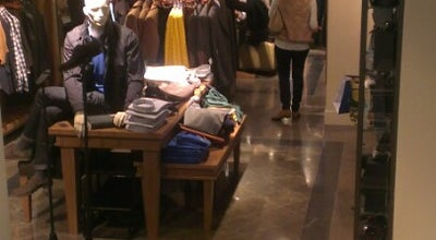 Photo of Men's Store Massimo Dutti at C. Serrano, 17, Madrid 28001, Spain