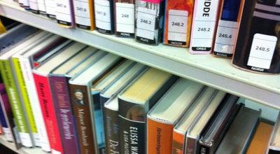 Photo of Library Bibliotheek Hoogland at Engweg 9, Hoogland 3828 CJ, Netherlands
