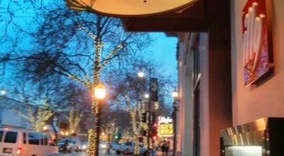 Photo of Mediterranean Restaurant Oren's Hummus Shop at 261 University Ave, Palo Alto, CA 94301, United States