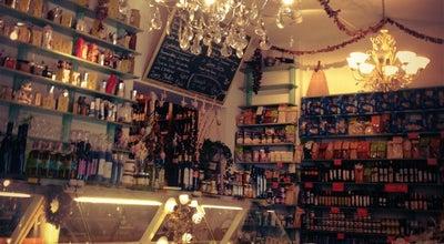 Photo of Mediterranean Restaurant Knofi Feinkost at Bergmannstr. 98, Berlin 10961, Germany