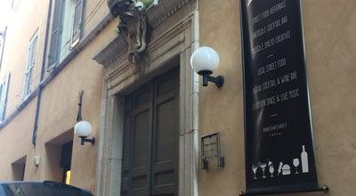 Photo of Italian Restaurant GRA' non solo cibo da cortile at Via Gioachino Rossini 24, Pesaro 61121, Italy