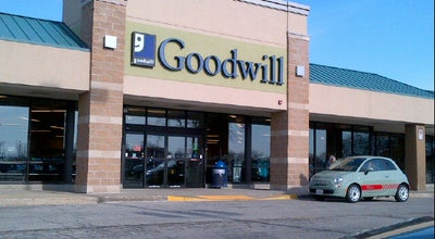 Photo of Thrift / Vintage Store Goodwill at 1521 Lee St, Des Plaines, IL 60018, United States
