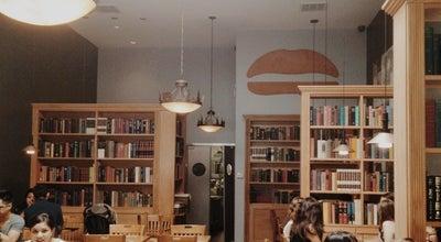 Photo of American Restaurant Umami Burger at 452 University Ave, Palo Alto, CA 94301, United States