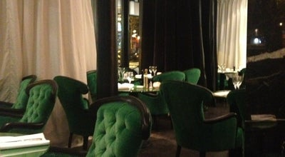 Photo of Italian Restaurant Romeo at 6 Place Victor Hugo, Paris 75016, France