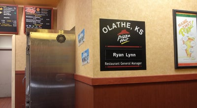 Photo of Pizza Place Pizza Hut at 808 N Ridgeview Rd, Olathe, KS 66061