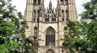 Photo of Church Cathédrale Saint-Michel et Gudule at Parvis Sainte-gudule / Sint-goedelevoorplein, Brussels 1000, Belgium