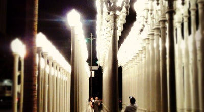 Photo of Sculpture Garden Urban Light at LACMA at 5905 Wilshire Blvd, Los Angeles, CA 90036, United States