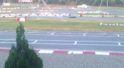 Photo of Racetrack İzmir Ülkü Yarış Pisti at Çanakkale Cd. 7080 Sokak No: 32 Pınarbaşı, İzmir 35100, Turkey