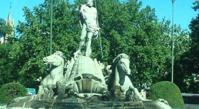 Photo of Monument / Landmark Fuente de Neptuno at Plaza De Canovas Del Castillo, Madrid 28014, Spain