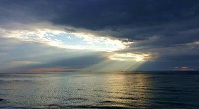 Photo of Beach Παραλία Φλοίσβου (Floisvos Beach) at Παραλία Φλοίσβου, Παλαιό Φάληρο, Greece