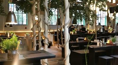 Photo of American Restaurant Peter Pane at Lange Reihe 107, Hamburg 20099, Germany