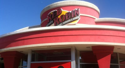 Photo of American Restaurant Red Robin Gourmet Burgers at 3195 28th St Se, Grand Rapids, MI 49512, United States