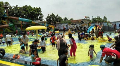 Photo of Water Park Sukahaji Water Boom at Jalan Raya Cihaurbeuti, Ciamis, Indonesia