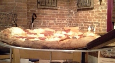 Photo of Pizza Place Strong's Brick Oven Pizzeria at 336 Monmouth St, Newport, KY 41071, United States