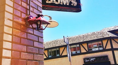 Photo of Italian Restaurant Little Dom's at 2128 Hillhurst Ave, Los Angeles, CA 90027, United States