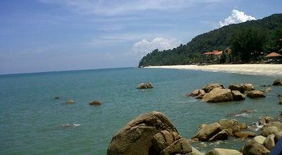 Photo of Beach Pantai Teluk Cempedak (Beach) at Jalan Telok Cempedak, Kuantan 25000, Malaysia
