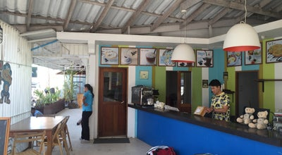 Photo of Burger Joint Blue Monkey Cafe at Bang Rin 85000, Thailand