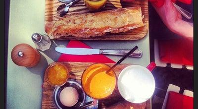 Photo of French Restaurant Sésame Restaurant at 51 Quai De Valmy, Paris 75010, France