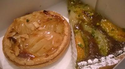 Photo of Bakery Léonie at 96 Rue De Levis, Paris 75017, France