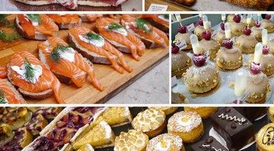 Photo of Street Food Gathering Maltby Street Market at Rope Walk, London SE1 3DH, United Kingdom