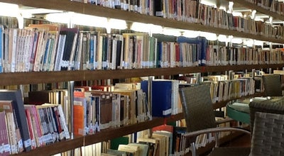 Photo of Library Biblioteca Pública Municipal Bernardo Guimarães at R. Alaor Prata, 317, Uberaba 38015-010, Brazil