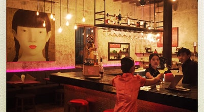 Photo of Asian Restaurant Chinese House at 45 Sisowath Quay (cross Street 84), Phnom Penh, Cambodia
