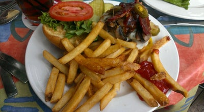 Photo of American Restaurant Arthur's Cafe at 3516 Edwards Rd, Cincinnati, OH 45208, United States