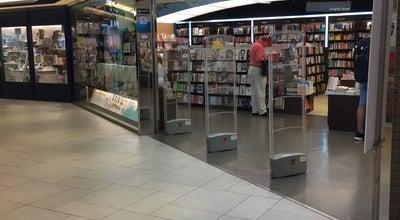 Photo of Bookstore The Commercial Press at Shop B1007-1010, B1/f, Miramar Shopping Centre, 132 Nathan Rd, Tsim Sha Tsui, Hong Kong