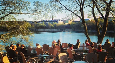 Photo of Cafe Sinisen huvilan kahvila at Linnunlauluntie 11, Helsinki 00530, Finland