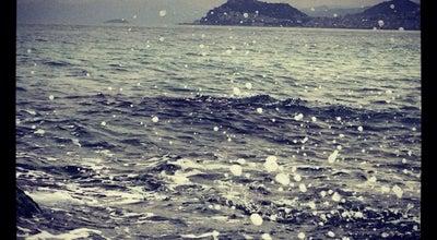 Photo of Beach Güre: Sahil & Kumsal & Deniz at Turkey