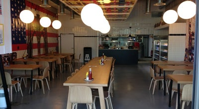 Photo of Vegetarian / Vegan Restaurant M.O.B Cité de la Mode at 34 Quai D'austerlitz, Paris 75013, France