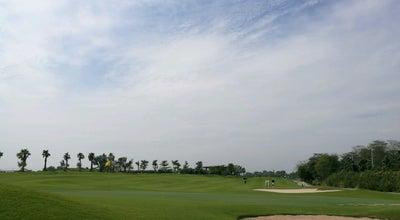 Photo of Golf Course สนามกอล์ฟสามพราน at Thailand