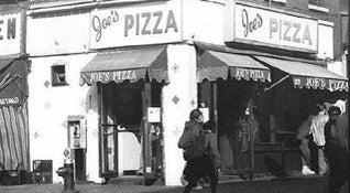 Photo of Italian Restaurant Joe's Pizza at 7 Carmine St, New York, NY 10014, United States