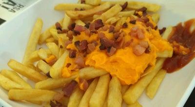 Photo of Restaurant Compadre's Burger & Cafe at Calcada Dos Lirios, 196, Barueri 06453034, Brazil