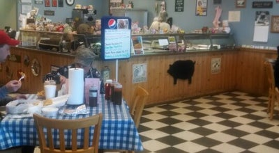 Photo of American Restaurant MoJo's BBQ & Grill at 576 Upward Rd, Flat Rock, NC 28731, United States