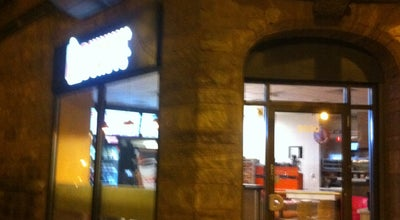 Photo of Coffee Shop Dunkin' Donuts at 2300 N Clark St, Chicago, IL 60614, United States