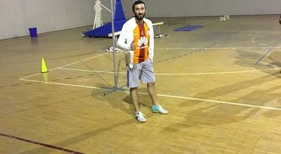 Photo of Basketball Court Şarkikaraağaç Kapalı Spor Salonu at Turkey