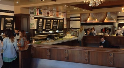 Photo of Italian Restaurant 800 Degrees Pizza at Wilshire Blvd,, Santa Monica, CA 90405, United States