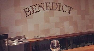Photo of French Restaurant Benedict at 19 Rue Ste Croix De La Bretonnerie, Paris 75004, France