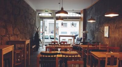 Photo of Coffee Shop Mesa 325 at Avenida De Camilo, 325, Porto, Portugal