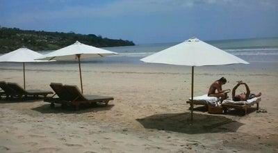 Photo of Beach Jimbaran Beach (Pantai Kedonganan) at Jalan Pantai Kedonganan, Badung, Indonesia