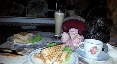 Photo of Tea Room Delicieux café lounge at Calle 10 Bis 15-29 Los Alpes, Colombia