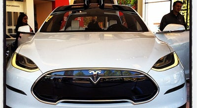 Photo of Car Dealership Tesla Motors Palo Alto at 4180 El Camino Real, Palo Alto, CA 94306, United States