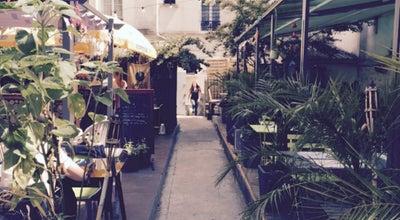 Photo of Deli / Bodega Au Fond Du Jardin at 39 Rue Pelleport, Paris 75020, France