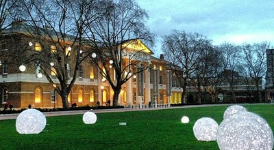 Photo of Art Gallery Saatchi Gallery at Duke Of York Sq, Chelsea SW3 4SQ, United Kingdom