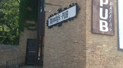 Photo of American Restaurant Moody's Pub at 5910 N Broadway St, Chicago, IL 60660, United States