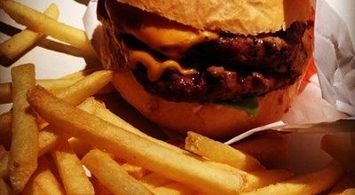 Photo of American Restaurant Madero Burger & Grill at R. Bocaiuva, 2. 468 - Centro - Beiramar Shopping, Piso Sambaqui, Florianopolis 88015-530, Brazil