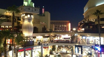 Photo of Tourist Attraction Hollywood & Highland at 6801 Hollywood Blvd, Los Angeles, CA 90028, United States